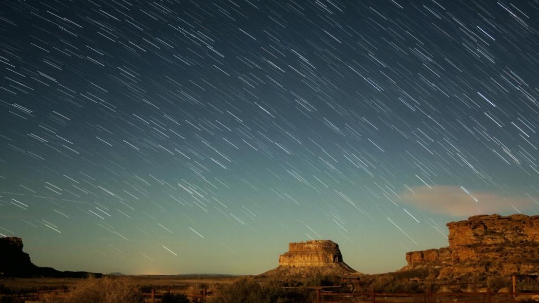 Fajada Butte, Chaco Culture Nat'l Historical Park, New Mexico by Verglas Media